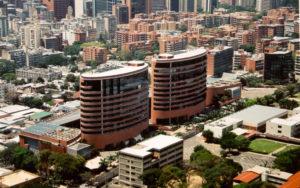 Camilo Ibrahim Issa - Camilo Ibrahim Issa Centro San Ignacio Más que un centro comercial en Caracas